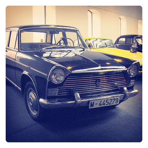 Torrelavega - coche vintage