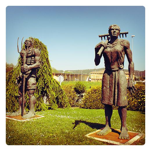 Torrelavega - escultura exterior