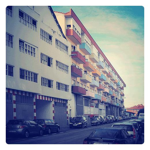Torrelavega - edificio de colores