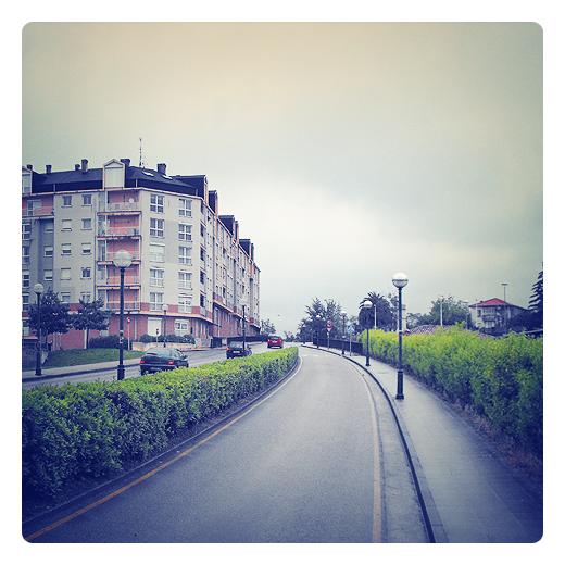 carril de incorporacion, aceleracion, viario urbano en Torrelavega