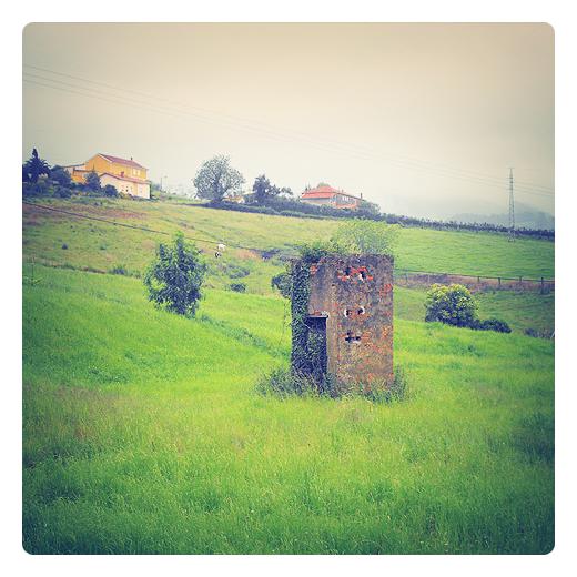 caseta de labranza, garita, aperos, agricultura, pequeña construccion de un solo piso en Torrelavega