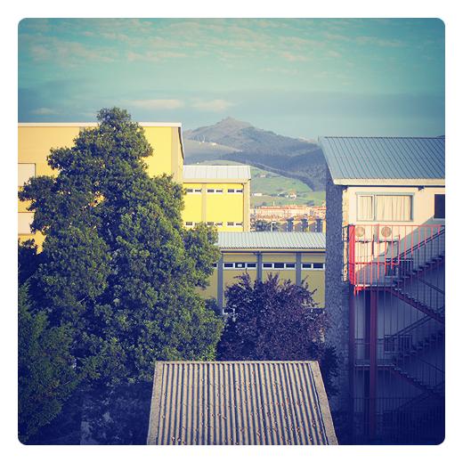 punto de vista, angulo de vision, representacion del plano, tejados, monte Dobra, lenguaje visual en Torrelavega