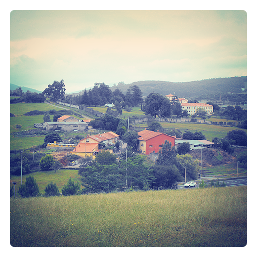 hondonada, concavidad, depresion, colina, paisaje en Torrelavega